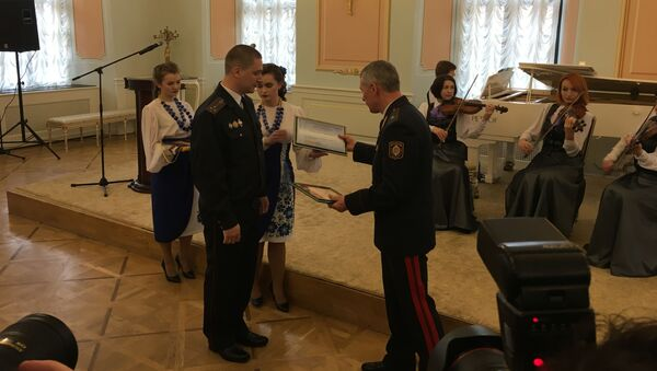 Узнагароджанне лепшых участковых і інспектараў па справах непаўналетніх - Sputnik Беларусь