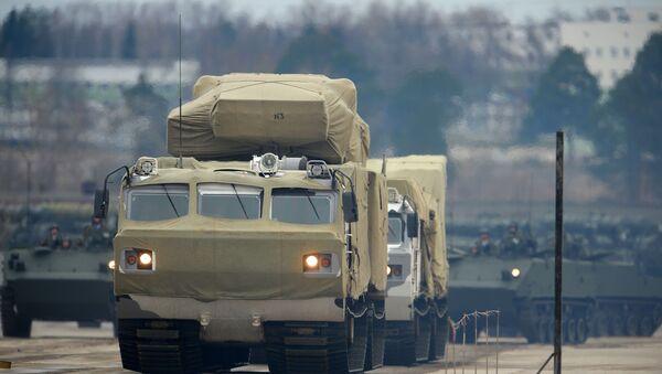 Зенитно-ракетный комплекс Тор М2 на базе вездехода ДТ-30  - Sputnik Беларусь