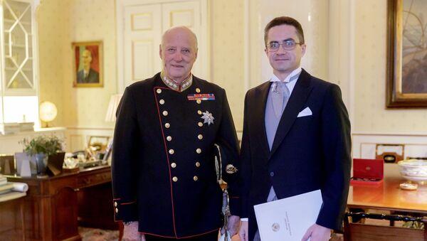 Дмитрий Мирончик  и король Харальд V - Sputnik Беларусь