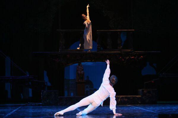 Генеральный прогон новой редакции балета Ромео и Джульетта в постановке Валентина Елизарьева - Sputnik Беларусь