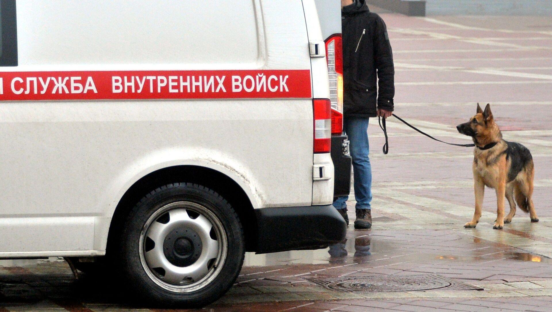 Автомобиль саперно-пиротехнической группы внутренних войск - Sputnik Беларусь, 1920, 05.05.2021