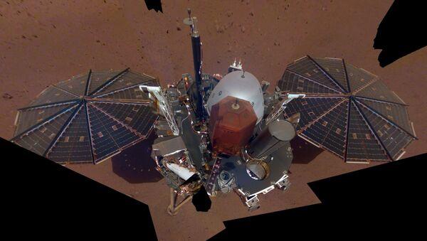 Зонд InSight даслаў сваё першае сэлфі на Марсе - Sputnik Беларусь