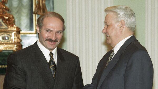 Александр Лукашенко и Борис Ельцин, 1998 год - Sputnik Беларусь