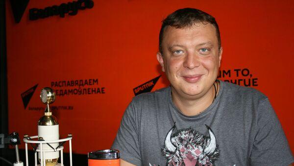 Уралов: в России сейчас наблюдается серьезная белорусизация - Sputnik Беларусь