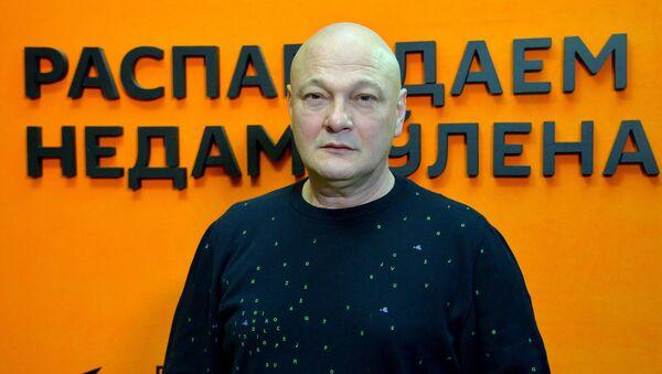 Гінзбург: кінарэжысёры адмяраюць жыццё па сваіх фільмах - Sputnik Беларусь