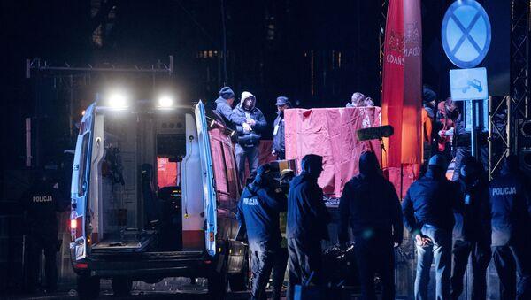 Мэр Гданьска получил  ножевое ранение на благотворительном концерте - Sputnik Беларусь