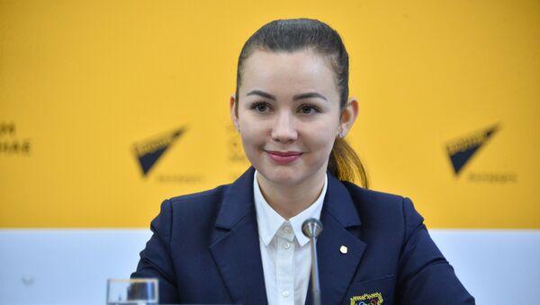 Меннанова: Кушнир отдал в музей НОК одну лыжу, а Домрачева сняла жакет - Sputnik Беларусь