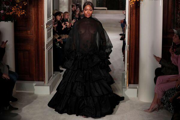 Неделя высокой моды в Париже: Valentino - Sputnik Беларусь