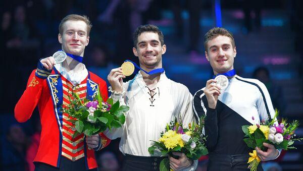 Александр Самарин (Россия) - серебряная медаль, Хавьер Фернандес (Испания) - золотая медаль - Sputnik Беларусь