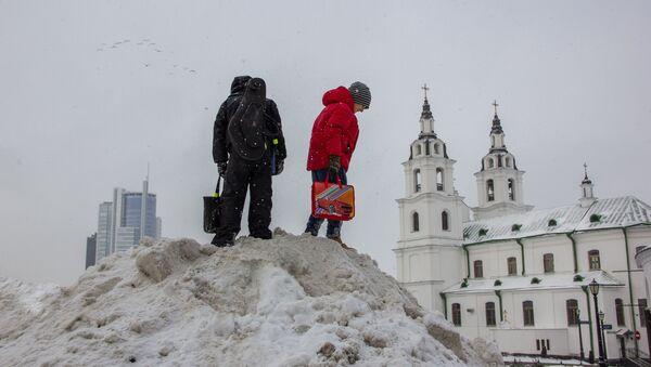 З ападкамі, але да +5°С: прагноз надвор'я ў Беларусі на нядзелю 24 лютага - Sputnik Беларусь