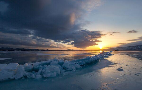 Захад сонца на Байкале - Sputnik Беларусь
