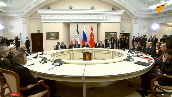 Cаммит в Сочи лидеров России, Ирана и Турции - Sputnik Беларусь