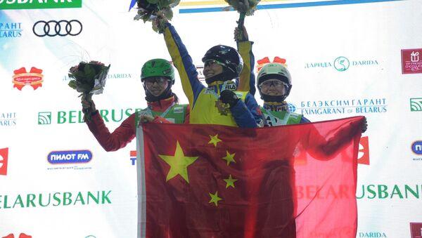 Трое китаянок заняли подиум на этапе Кубка мира по фристайлу  - Sputnik Беларусь