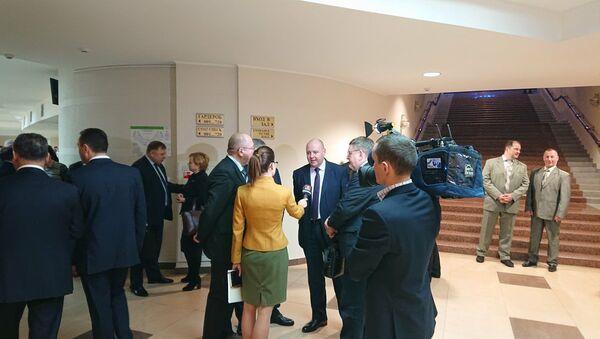 Главный редактор СБ. Беларусь Сегодня Дмитрий Жук дает интервью в преддверии Большого разговора с президентом - Sputnik Беларусь