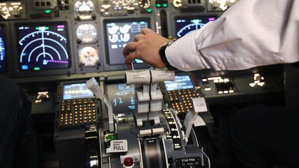 Авіятрэнажоры Boeing 737  - Sputnik Беларусь