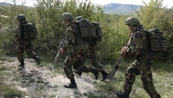 Беларускія і расійскія дэсантнікі вучацца быць міратворцамі - Sputnik Беларусь