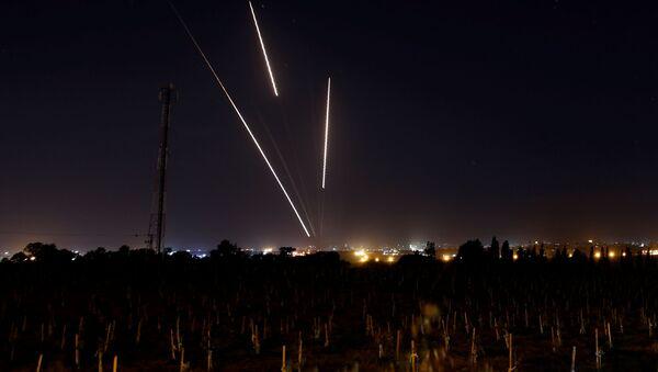 Армия Израиля и ХАМАС обменялись ракетными ударами - Sputnik Беларусь