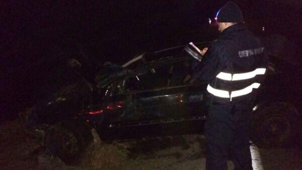 Под Полоцком опрокинулся автомобиль, погибли водитель и пассажирка - Sputnik Беларусь