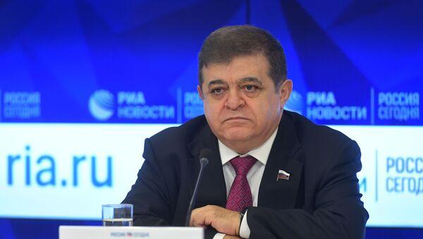 Первый зампред комитета по международным делам Совета Федерации сенатор Владимир Джабаров - Sputnik Беларусь