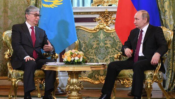 Президент РФ Владимир Путин и президент Казахстана Касым-Жомарт Токаев - Sputnik Беларусь