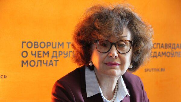 Новикова: безработицы у нас нет, но уровень зарплат оставляет желать лучшего  - Sputnik Беларусь