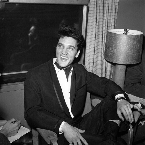 Король рок-н-ролла Элвис Пресли никогда не говорил о своих цыганских корнях, однако известно, что отец музыканта по фамилии Преслер происходил из цыганского рода, который обосновался на территории современной Германии в XVIII веке. - Sputnik Беларусь