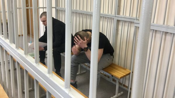 Обвиняемые Барановский и Скуратович в зале Верховного суда - Sputnik Беларусь