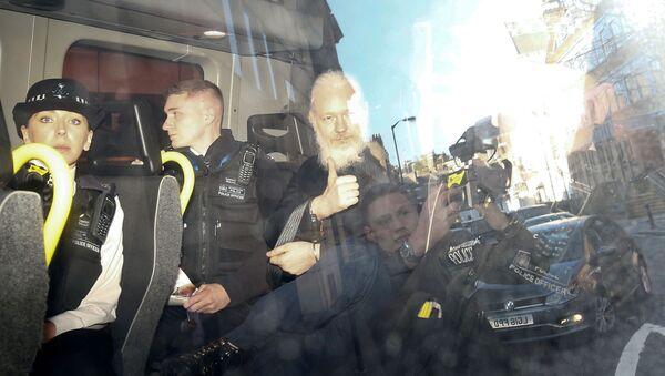 Основатель WikiLeaks Джулиан Ассанж - Sputnik Беларусь