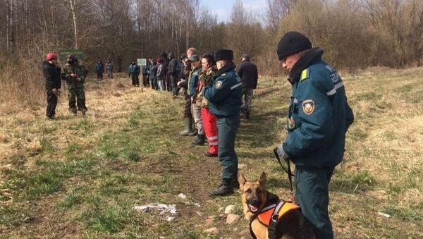 Поисковая операция в Каменецком районе Брестской области, где ищут пропавшего двухлетнего мальчика - Sputnik Беларусь