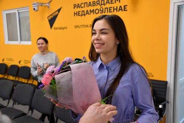 Вера Ярошик в пресс-центре Sputnik - Sputnik Беларусь