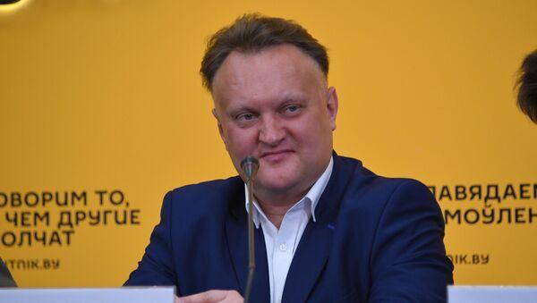 Бабарикин о фишке проекта Дым над водой, классике и военных балладах - Sputnik Беларусь