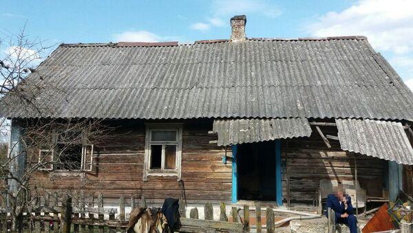 Горевший дом в Дятловском районе - Sputnik Беларусь