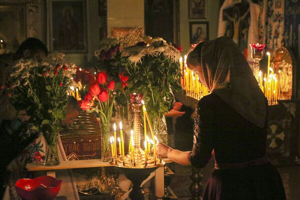 Драўляная царква Святой Тройцы, у якой праходзіла велікодная служба, была пабудаваная ў 1784 годзе. - Sputnik Беларусь