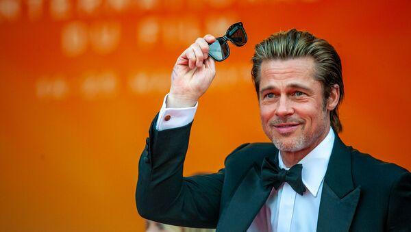 Актер Брэд Питт на красной дорожке фильма Однажды... в Голливуде (Once Upon a Time in Hollywood) в рамках 72-го Каннского кинофестиваля (21 мая 2019). Канны - Sputnik Беларусь