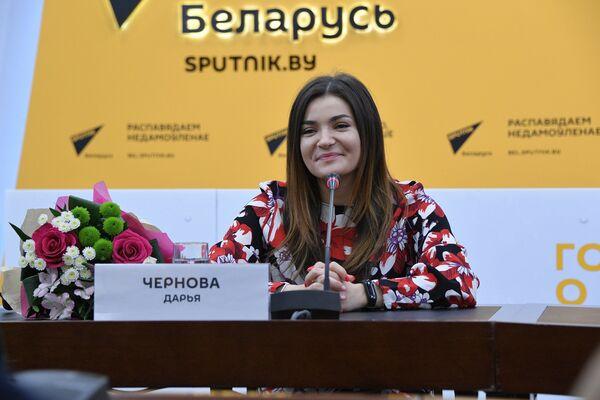 Даша Чернова в пресс-центре Sputnik - Sputnik Беларусь
