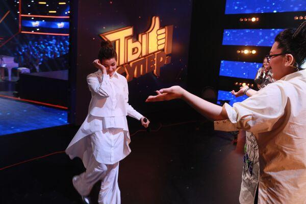 Даша Чернова на сцене полуфинала Ты супер! Суперсезон - Sputnik Беларусь