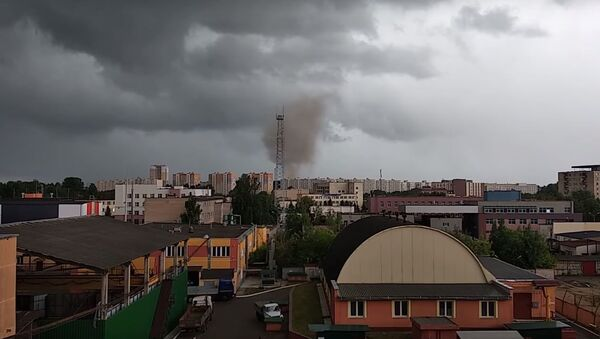 Очевидцы сняли в Минске смерч перед грозой - Sputnik Беларусь