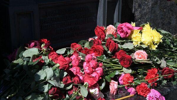 Минчане вспоминают трагедию, которая произошла 20 лет назад на Немиге - Sputnik Беларусь