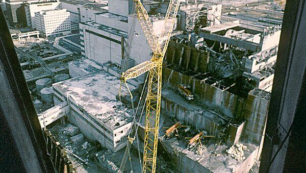 Вид на Чернобыльскую атомную электростанцию после аварии - Sputnik Беларусь
