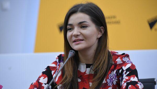 Даша Чарнова праспявала песню Лабады ў прэс-цэнтры Sputnik - Sputnik Беларусь
