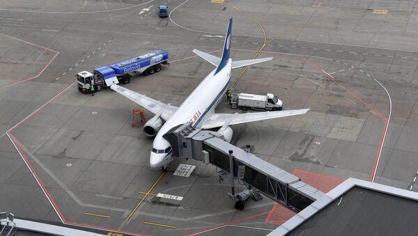Рейс Белавиа начал посадку пассажиров - Sputnik Беларусь