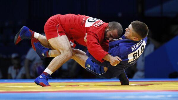 Момент финального поединка по самбо в весовой категории до 68 кг на II Европейских играх - Sputnik Беларусь