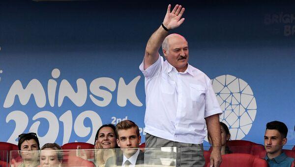 Президент на стадионе Динамо - Sputnik Беларусь