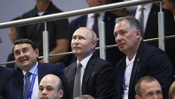 Путин посетил соревнования по боксу на Европейских играх - Sputnik Беларусь