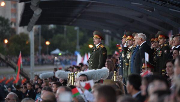 Президент Беларуси Александр Лукашенко на параде 3 июля 2019 года - Sputnik Беларусь