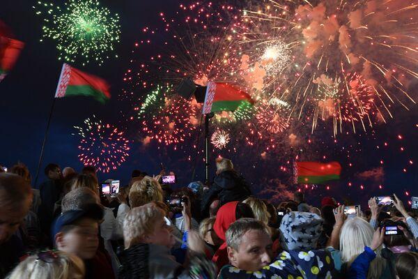 Салют в День независимости - Sputnik Беларусь