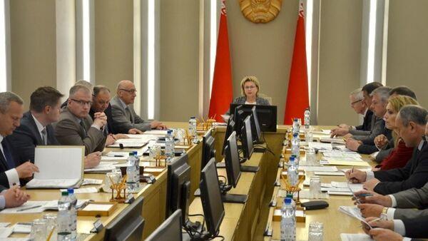 Заседание оргкомитета Форума регионов Беларуси и Узбекистана  - Sputnik Беларусь