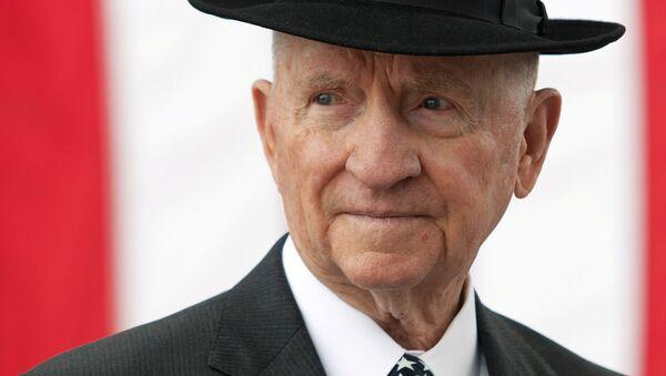 Известный американский миллиардер и бывший кандидат в президенты США Росс Перо - Sputnik Беларусь