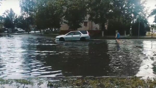 Сильный ливень затопил Борисов - Sputnik Беларусь