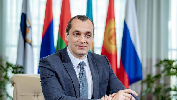 Министр Евразийской экономической комиссии по промышленности Александр Субботин  - Sputnik Беларусь